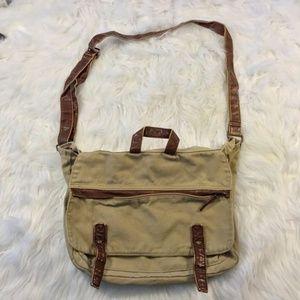 098a60d1d2f56 ... Mossimo messenger bag ...